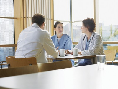 how to get along with coworkers as a new nurse