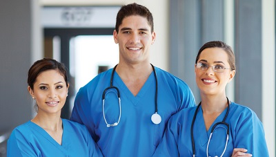 Differences Between a CNA and a LPN