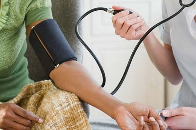 10 Tips to Pass the CNA Test - Taking Blood Pressure